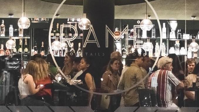 RAMË Cocktails & Food pubs en Torrevieja