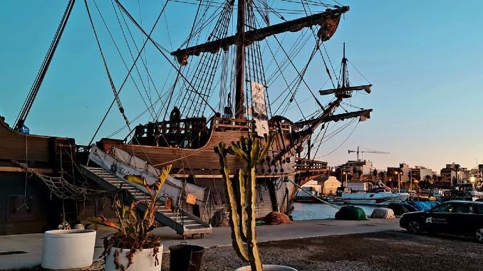 Galeón Andalucía Puerto de Torrevieja Muelle Pesquero