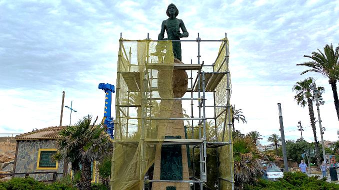 obras rehabilitacion monumento al hombre del mar Torrevieja